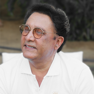 Dr Mohender Narula